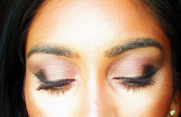 Playing with black shadow and creating a smoky look - Popteen Magazine - smoky look
