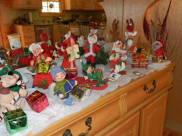 Christmas Decorations with Cutee Annalee Dolls - a work in progress - Popteen Magazine - Christmas Decorations